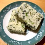 小麦、乳不使用!法蓮草とチーズの蒸しパン