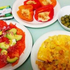 スペイン風トマトサラダ