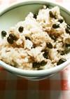 黒豆ご飯(黒豆の一種の黒千石)