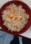 【体育系大学生】イカと人参の炊き込みご飯