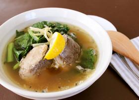 鯖の水煮缶まるごと!小松菜の具沢山スープ