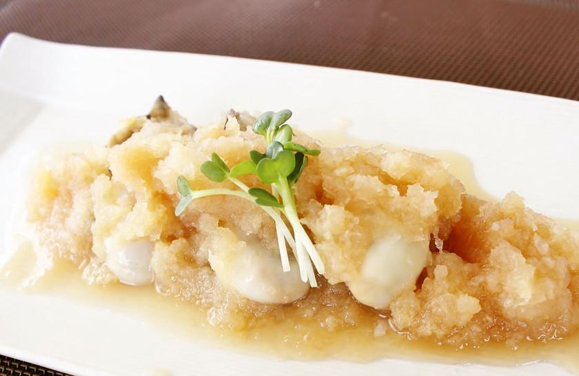 レンジで簡単!プリプリ熱々の蒸し牡蠣