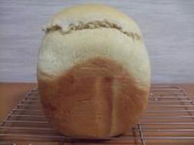 HBバターなしでふんわりパン♪
