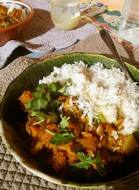 パスカルの南瓜とじゃがいものインドカレー