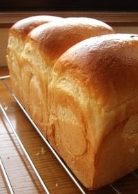 サラダ油で食パン バター無し 手捏ねパン