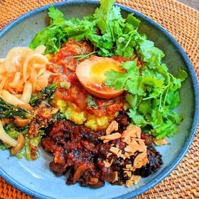 魯肉飯カレー