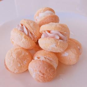 ☆人気検索10入りケーキ苺の手作りブッセ