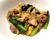 焼肉のタレで簡単!豚こまと小松菜の卵炒めの写真