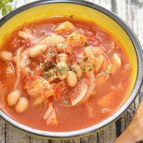 キャベツと大豆のスパイシートマトスープ