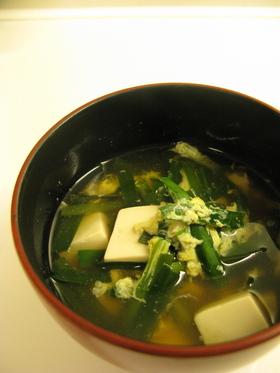 豆腐とにらのすまし汁