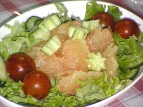 グレ-プフルーツのサラダ☆