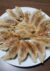 ザーサイとキャベツのピリ辛餃子