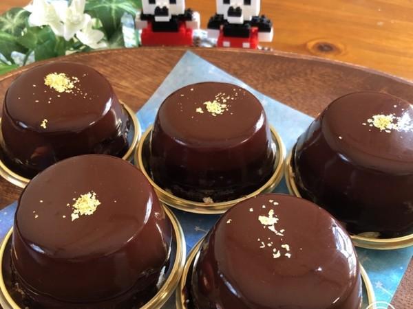 生チョコとムースのケーキ