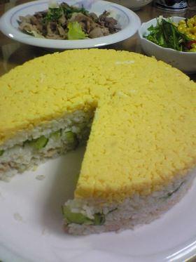 子ども喜ぶ♪子供の日に 簡単!寿司ケーキ
