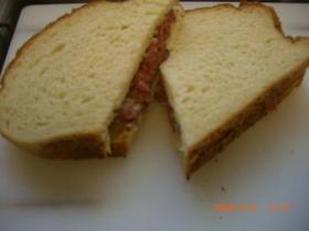 シンプル☆おいしいパストラミサンドイッチ