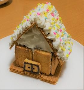 【簡単】お手軽なお菓子の家