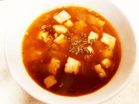 トマトとお豆のピリ辛スープ