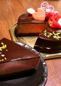 ラズベリーとチョコムースのホールケーキ