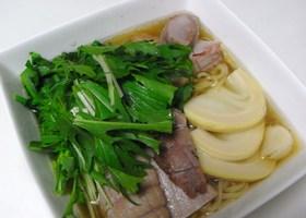 茹で塩豚で…竹の子&チャーシュー麺♪