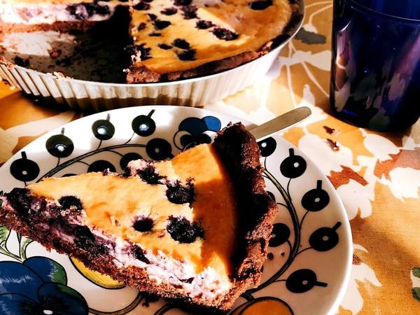 ベイクドチーズブルーベリーチョコタルト