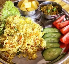 南インド風炊き込みご飯(ビリヤニ)