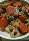 蓮根と人参と豚こま肉の煮物