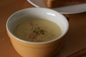 おかわり必至!野菜たっぷりコーンスープ