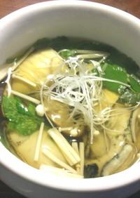 牡蠣、筍、きのこのスープ
