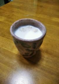 梨湖の睡眠薬カモミールミルク