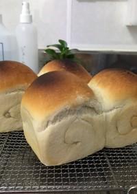 リスドォルでフランスパン風ミニ食パン