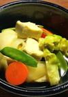 高野豆腐と新玉葱、つぼみ菜の煮物