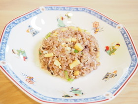 しらすと油揚げの黒米玄米チャーハン