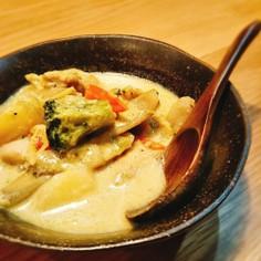 鶏肉と色々野菜の豆乳カレー煮