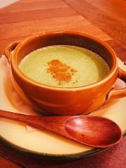 韓国・妊婦めし・ほうれん草の豆乳スープの写真