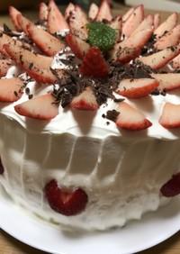 4層のいちごケーキ![結婚記念日に!]