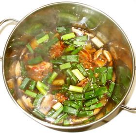 もずく酢キムチスープ♪簡単温かいスープ