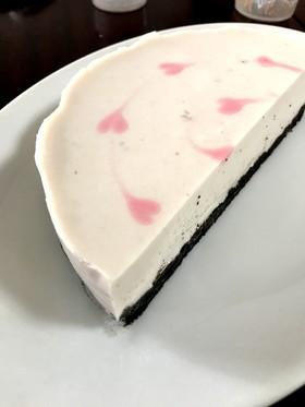 ほんのりピンクのヨーグルトムースケーキ
