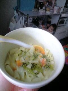 離乳食・後期■コーンスープでマカロニ野菜