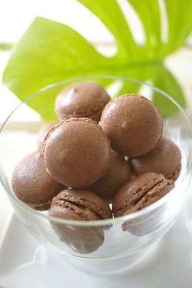 卵白1個分で作るココアのミニマカロン