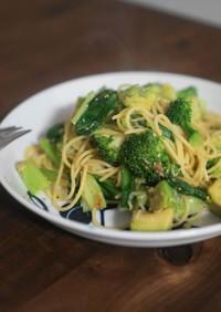 雑魚と緑野菜の醤油麹パスタ