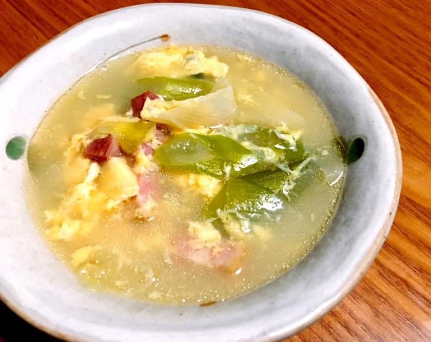 白ねぎとベーコンのかきたまスープ