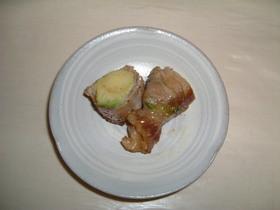 カリットロッ豚肉のアボカド巻き