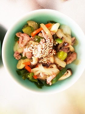 野菜とミンチの味噌炒め