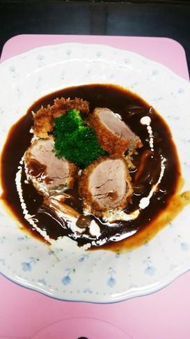 今日の夕飯 ヒレ肉とビーフシチューソース
