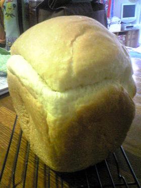 HBでふっわふわ食パン