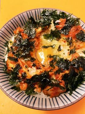 キムチと海苔の卵かけご飯