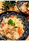生姜味の鶏肉とゴボウの炊き込みご飯