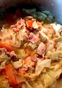 ベーコン キャベツのトマト炒めスープ