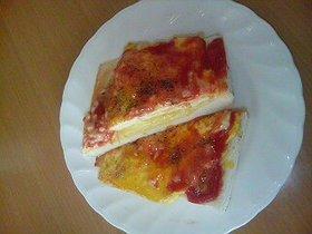 チーズINオムトースト