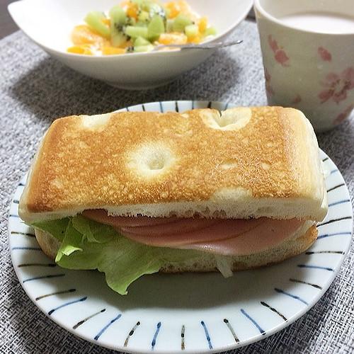 幸せ朝食♪「フォカッチャサンド」